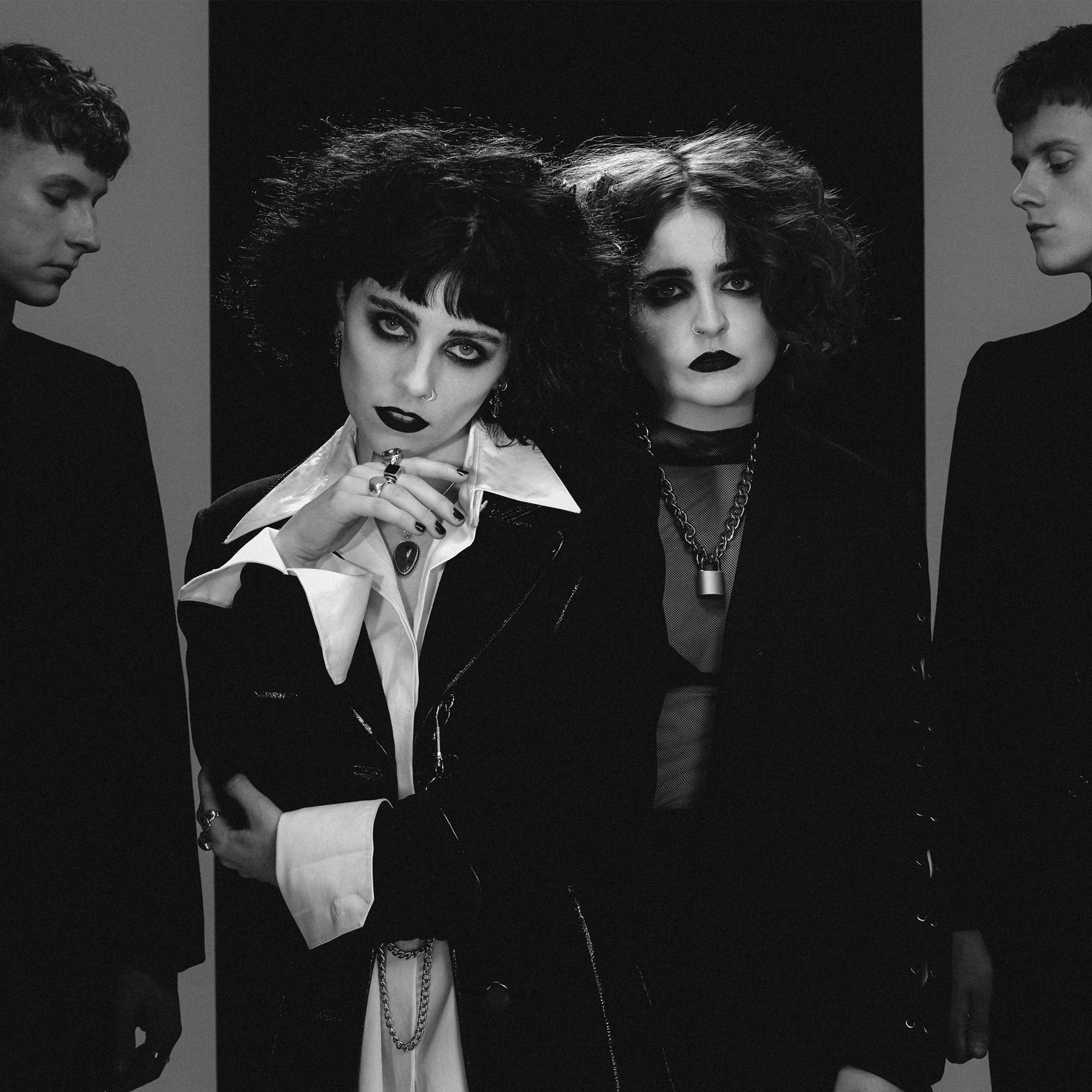 INTERVIEW: PALE WAVES